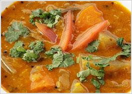 サンバー(野菜と豆のカレー)